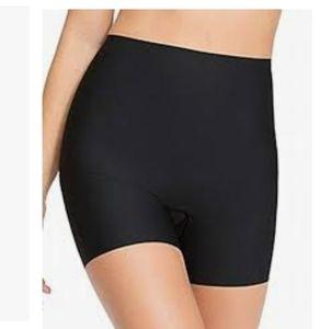 Spanx plus size black shorts